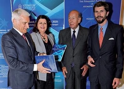 V._Giscard_d'Estaing,_M._Baracchi_Bonvicini,_J._Buzek,_M._Geoghegan-Quinn